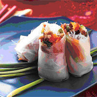 Summer Rolls made with vegetables served in a blue plate